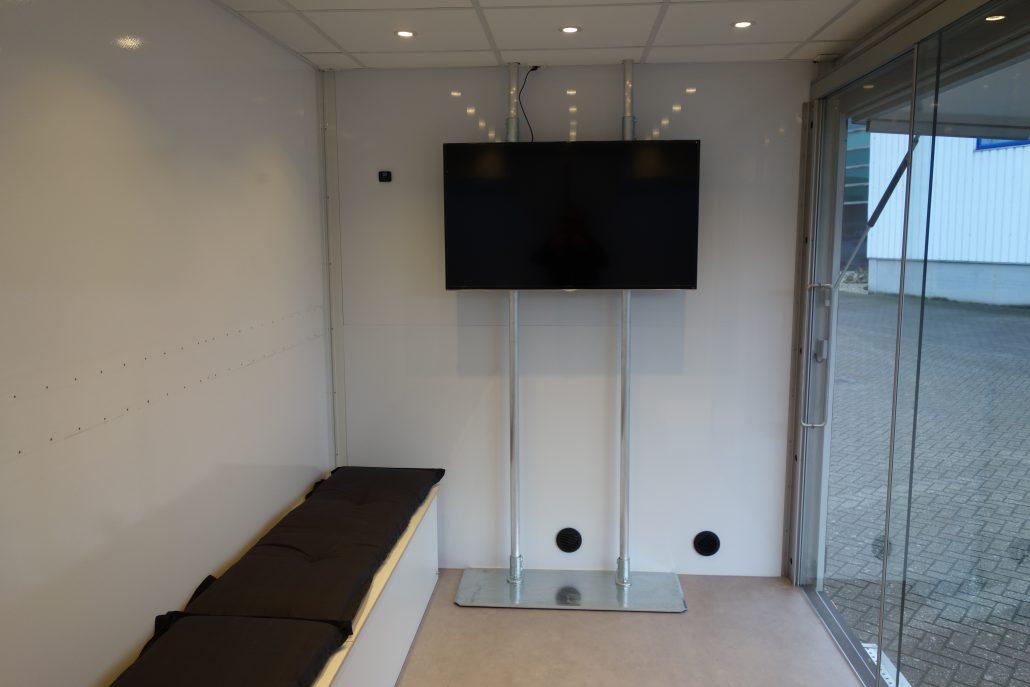 Mobiel Kantoor Huren : Mobiele showroom 4db roadshows